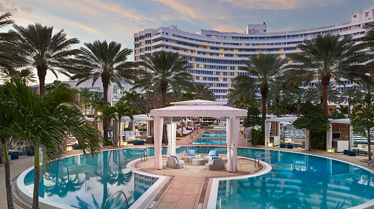 Fontainebleau Miami Beach outdoor pool