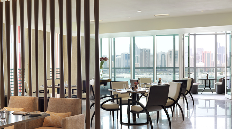 four seasons hotel abu dhabi at al maryah island Crust Restuarant
