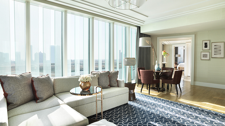 four seasons hotel abu dhabi at al maryah island deluxe executive suite