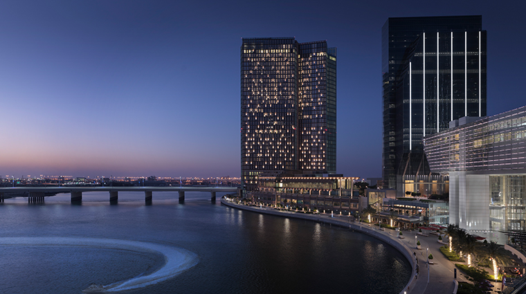 four seasons hotel abu dhabi at al maryah island exterior