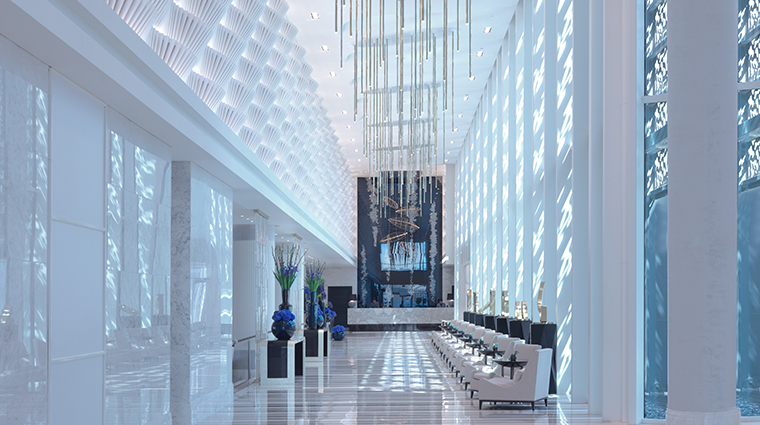 four seasons hotel abu dhabi at al maryah island lobby