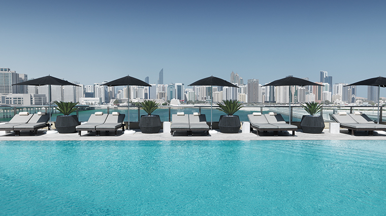 four seasons hotel abu dhabi at al maryah island pool
