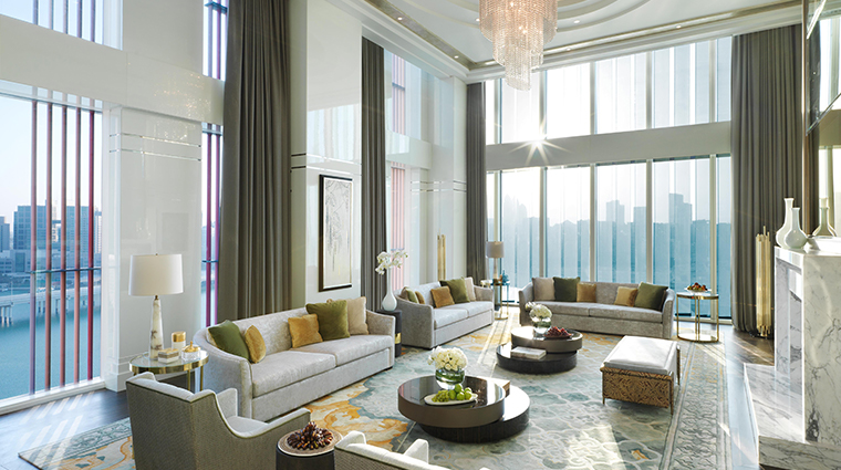 four seasons hotel abu dhabi at al maryah island royal suite living room