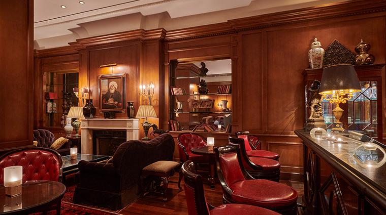 four seasons hotel alexandria bar