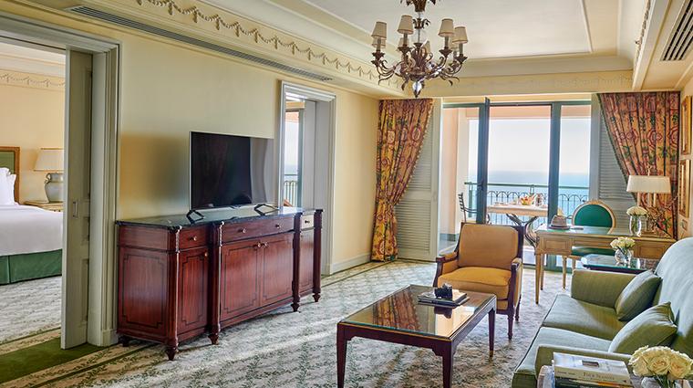four seasons hotel alexandria guestroom living room