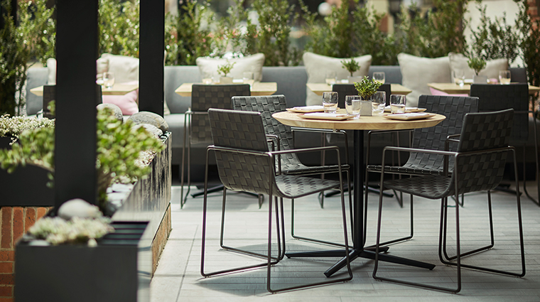 four seasons hotel bogota outdoor dining