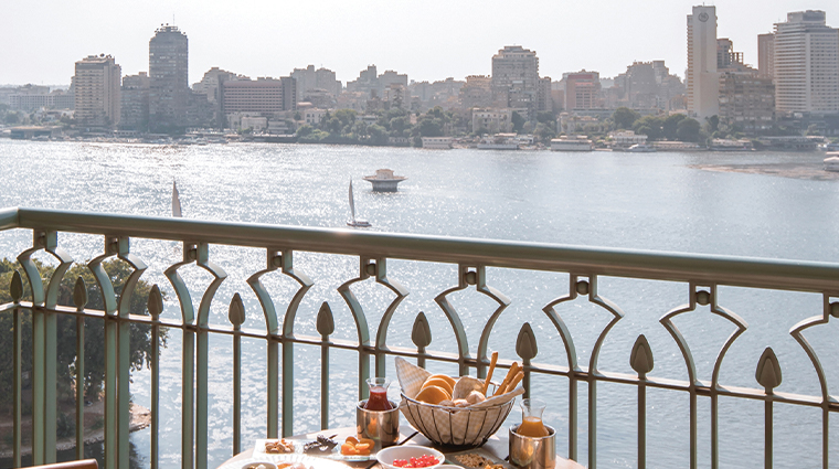 four seasons hotel cairo at nile plaza food with view