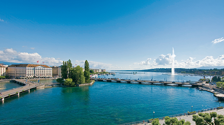 four seasons hotel des bergues geneva lakeside views