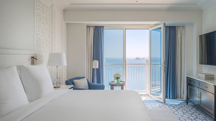 four seasons hotel doha new guestroom