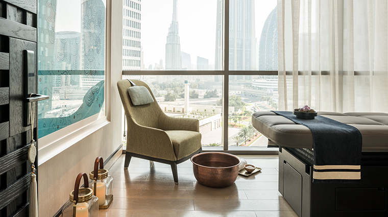 four seasons hotel dubai international financial centre spa