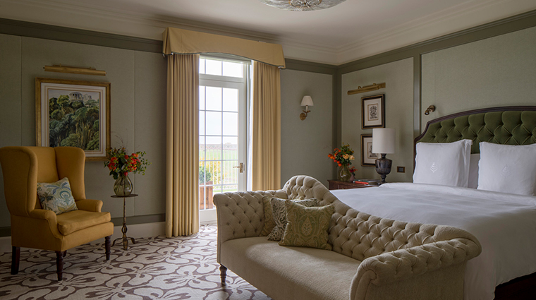 four seasons hotel hampshire royal suite master