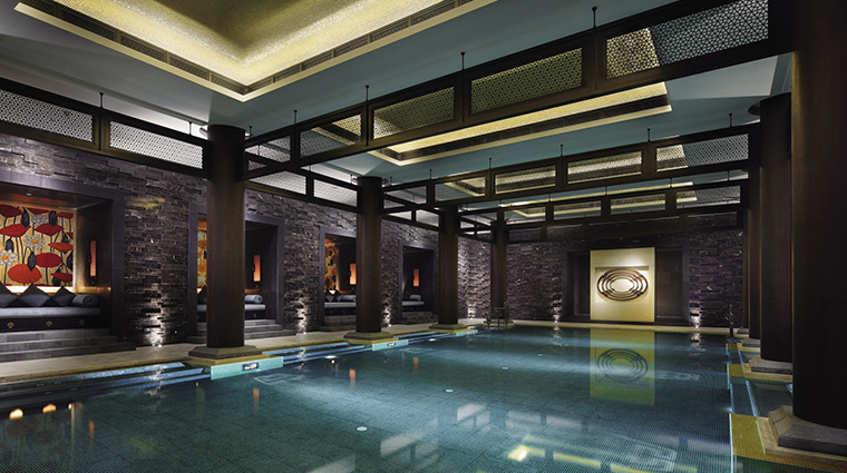 four seasons hotel hangzhou at west lake pool