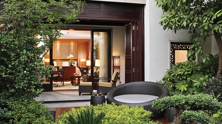 four seasons hotel hangzhou at west lake suite