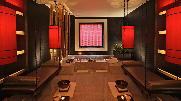 four seasons hotel hangzhou at west lake treatment room2
