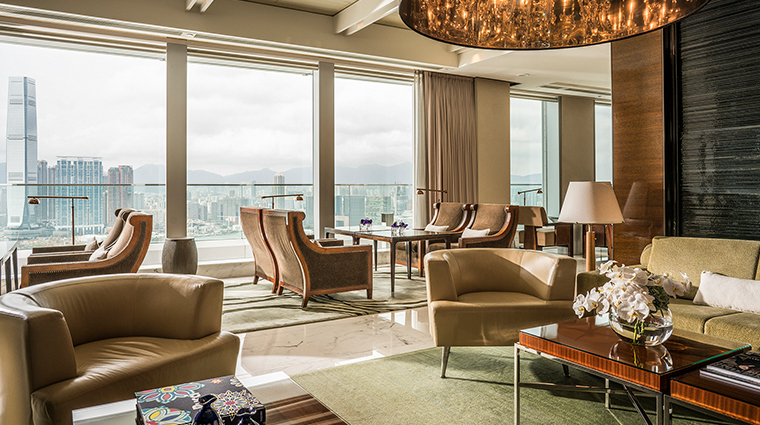 four seasons hotel hong kong executive club lounge