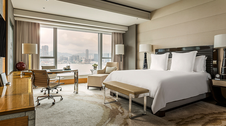 four seasons hotel hong kong harbor view room