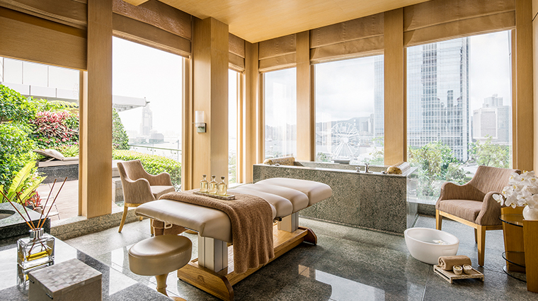 four seasons hotel hong kong spa suite