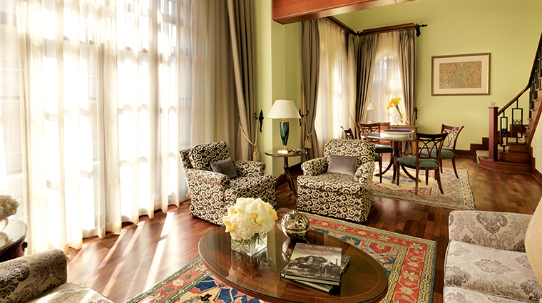 four seasons hotel istanbul at sultanahmet living room2