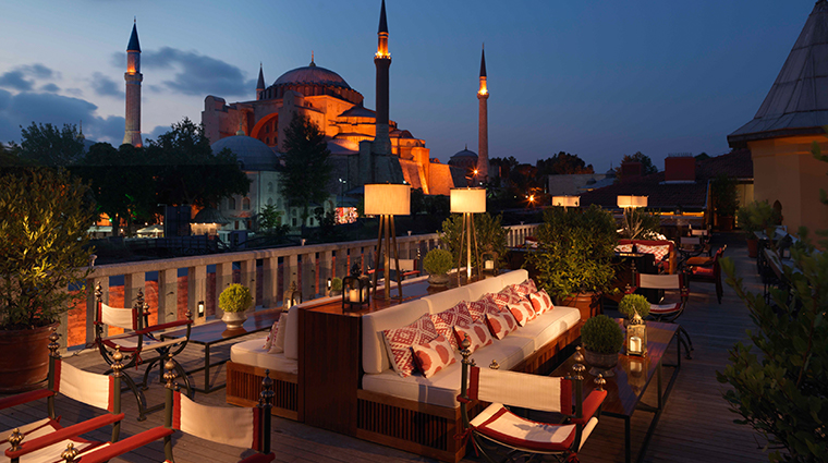 four seasons hotel istanbul at sultanahmet rooftop night