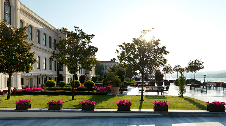 four seasons hotel istanbul at the bosphorus exterior day