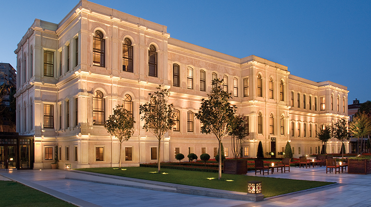 four seasons hotel istanbul at the bosphorus exterior