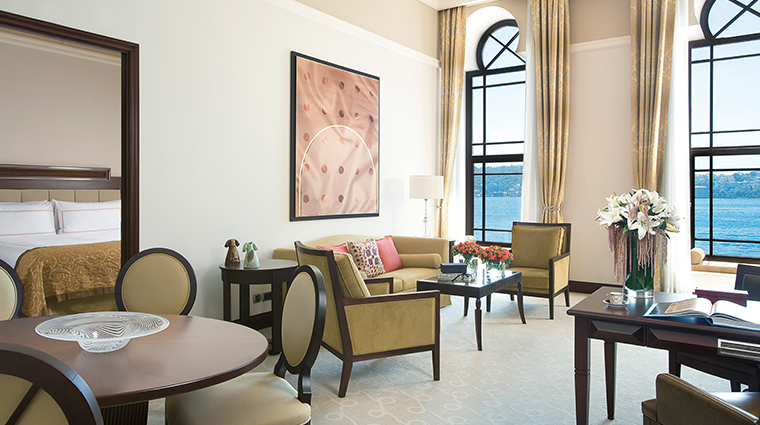 four seasons hotel istanbul at the bosphorus living room