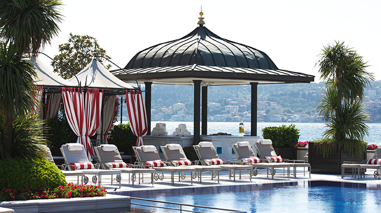 four seasons hotel istanbul at the bosphorus pool loungers