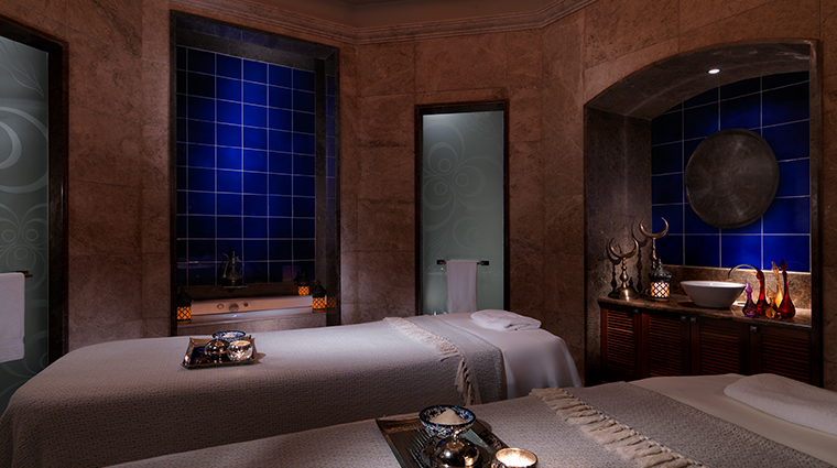 four seasons hotel istanbul at the bosphorus spa treatment room