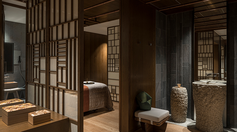 four seasons hotel kyoto Spa Treatment Room