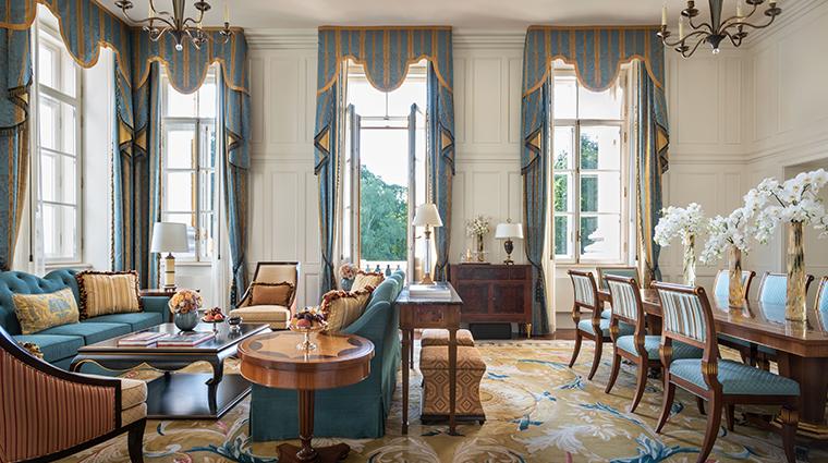 four seasons hotel lion palace st petersburg noble suite