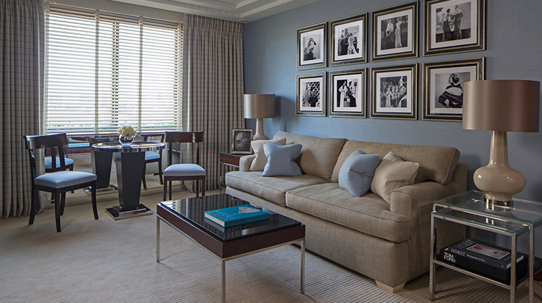 four seasons hotel london at park lane blue living room angle