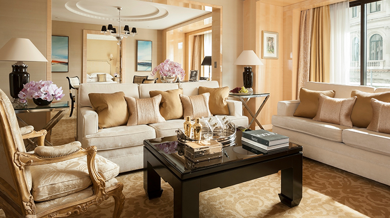 four seasons hotel london at park lane living room