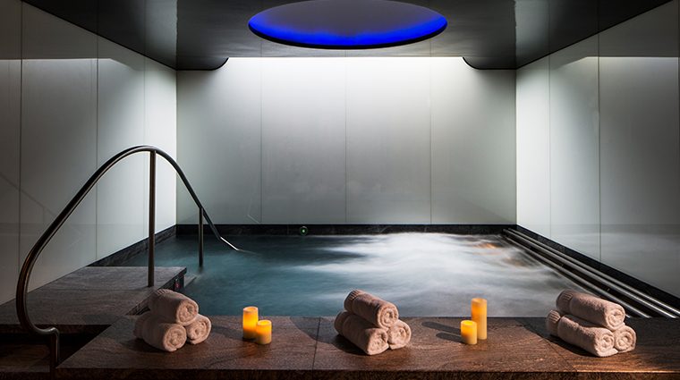 four seasons hotel london at park lane spa pool