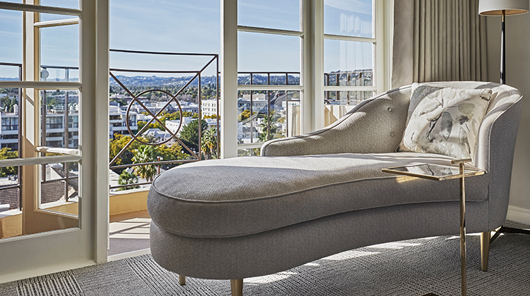 four seasons hotel los angeles at beverly hills chaise lounger