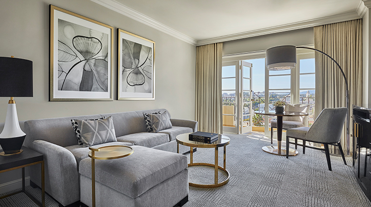four seasons hotel los angeles at beverly hills living room