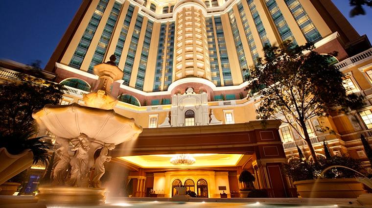 four seasons hotel macao cotai strip exterior