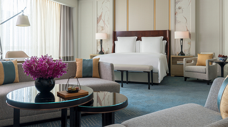 four seasons hotel macao cotai strip new junior suite