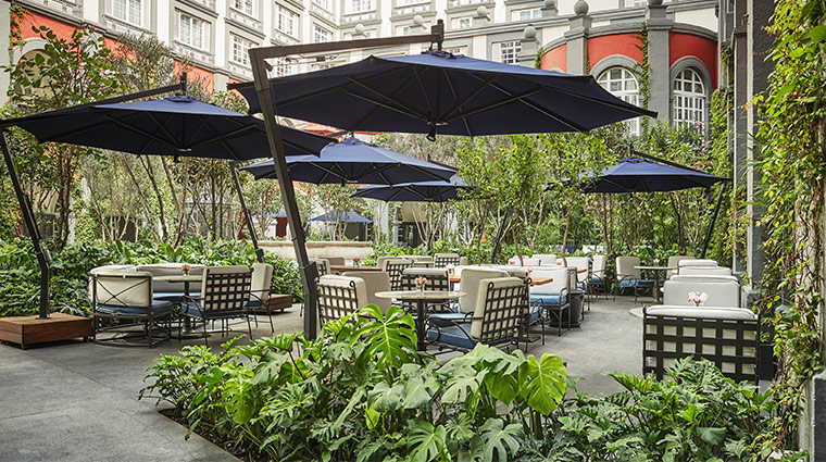 four seasons hotel mexico df courtyard dining