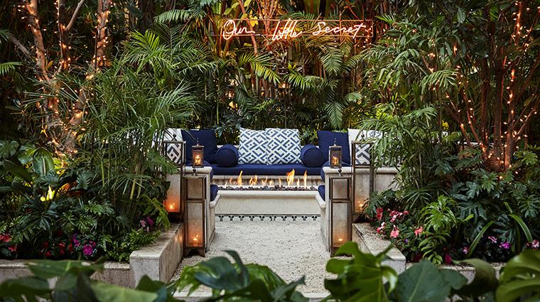 four seasons hotel mexico df patio