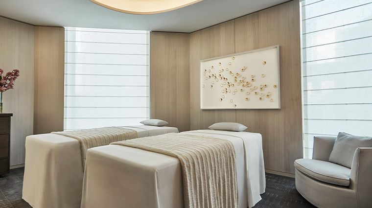 four seasons hotel new york downtown couples treatment room