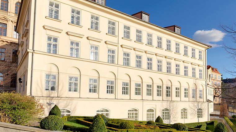 four seasons hotel prague classic buidling