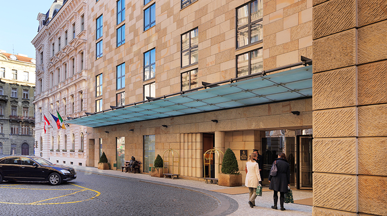four seasons hotel prague modern building