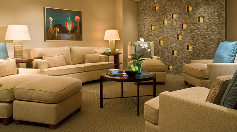 four seasons hotel seattle spa relaxation lounge