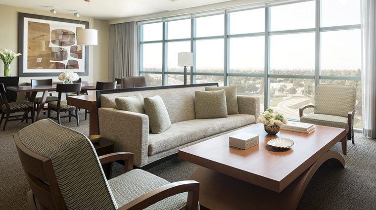 four seasons hotel silicon valley at east palo alto luxury suite living room