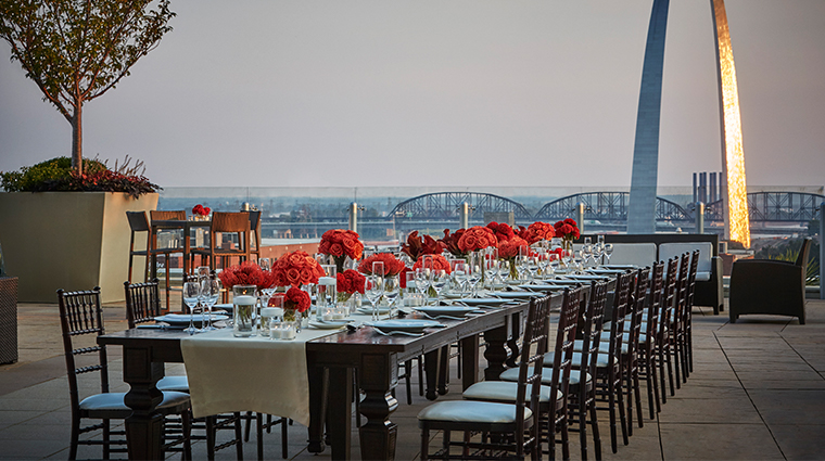 four seasons hotel st louis eighth floor terrace