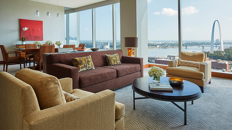 four seasons hotel st louis one bedroom luxury suite