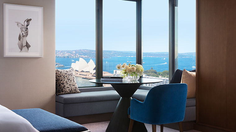 four seasons hotel sydney full harbour room view