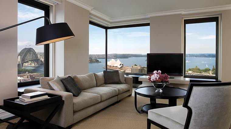 four seasons hotel sydney presidential suite lounge room