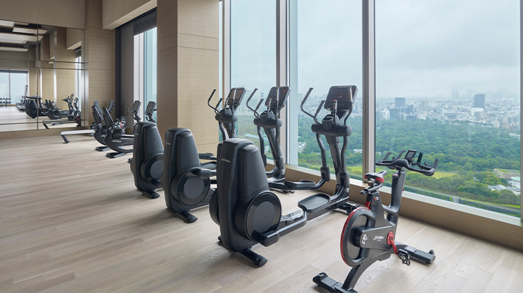 four seasons hotel tokyo at otemachi fitness center