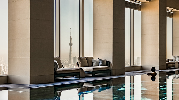 four seasons hotel tokyo at otemachi indoor pool view